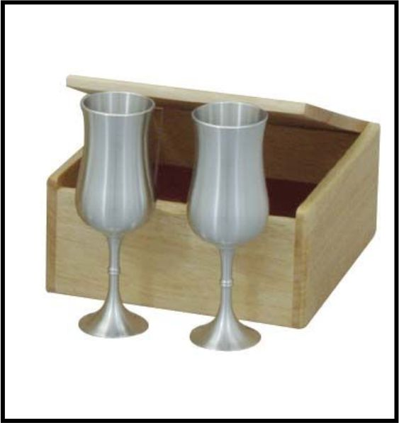 BOXED SET OF PEWTER CHAMPAGNE FLUTES